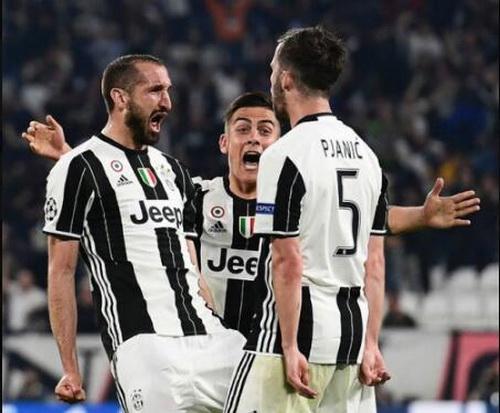 Ligue_des_champions_2017__Juventus_FC_Barcelone_(9)