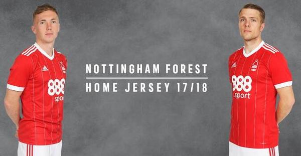 maillot_Nottingham_Forest_2017_2018_(7).jpg