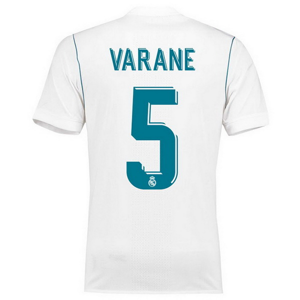 Nouveau_maillot_Real_Madrid_2018_(8)