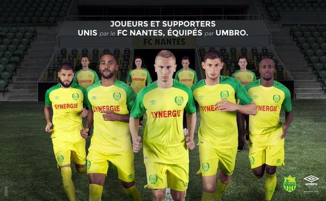 Acheter_maillot_FC_Nantes_2018_(1).jpg