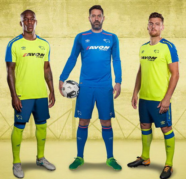 Nouveau_Maillots_Derby_County_2018_(1).jpg