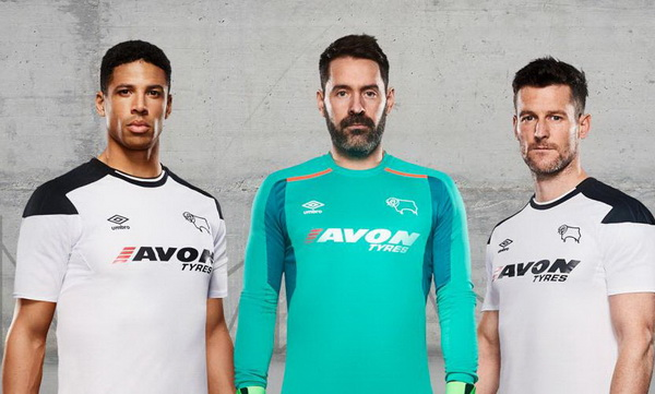Nouveau_Maillots_Derby_County_2018_(6).jpg