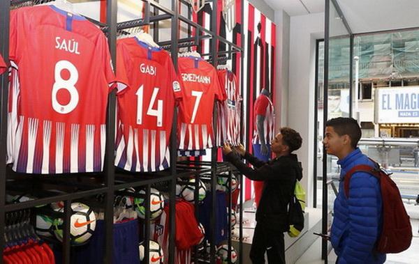 Camiseta_Atletico_de_Madrid_2018-2019_baratas_de_visitante_(10)