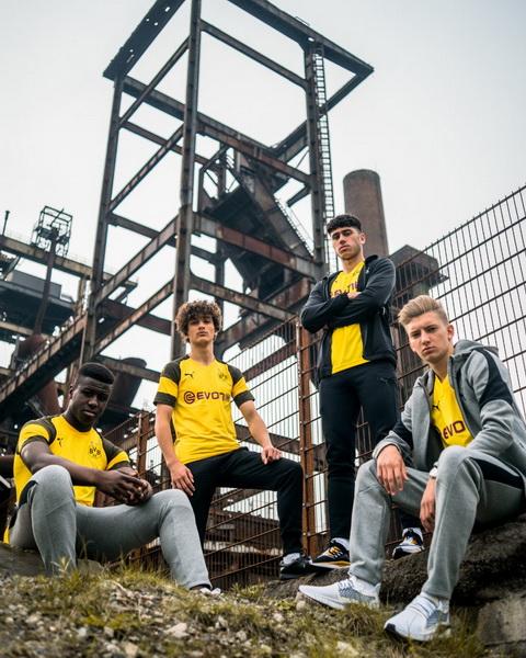 Maillot de foot Borussia Dortmund 2019 (1).jpg