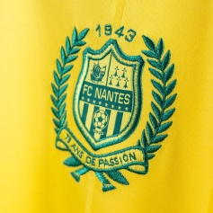 Maillot_de_foot_FC_Nantes_2019_pas_cher_(2)