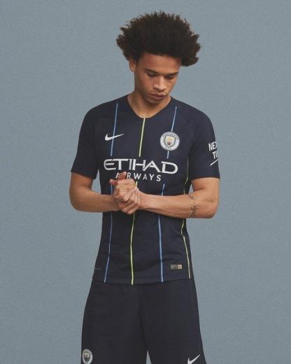 Maillot_de_Manchester_City_2019_pas_cher_(8)