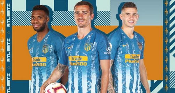 Troisieme_Maillot_de_foot_Atletico_Madrid_2019_pas_cher_(1).jpg