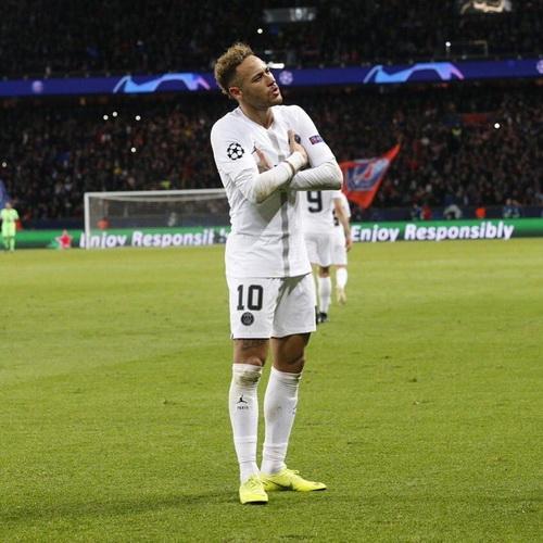 Maillot_de_foot_Neymar_bresil_2022
